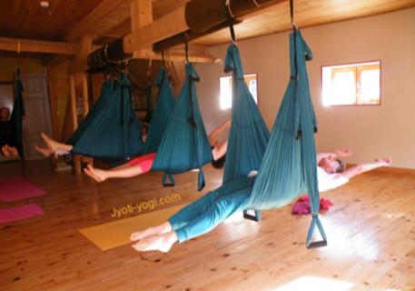 Yoga Aérien et Rando en montagne 9-15 juillet 2017