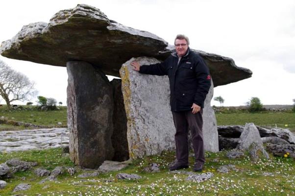 Avec P. Darcheville (géobiologue et spécialiste des anciennes civilisations)