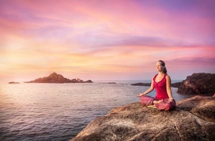 Pourquoi la méditation rend plus heureux ?